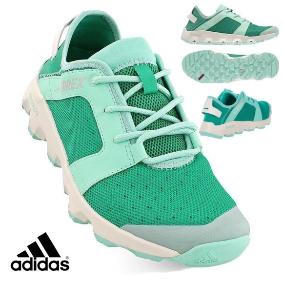 7ca8b7d0a460b ADIDAS Women s TERREX CC VOYAGER SLEEK Shoes NEW